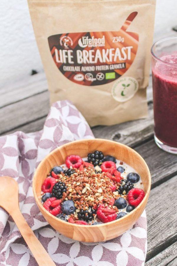 Živá snídaně z raw surovin