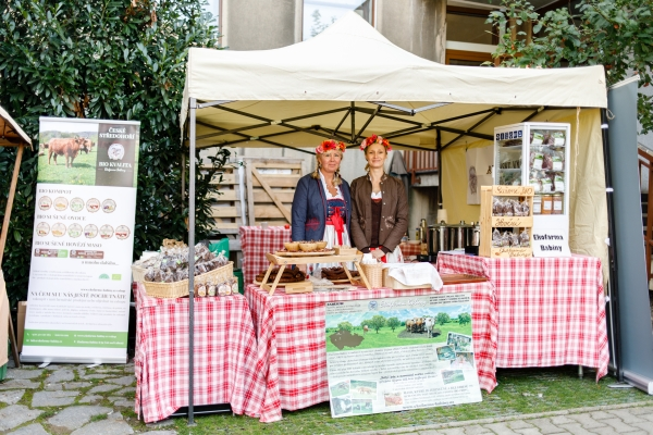 Ekofarma Babiny prodává své biomaso také na pražském Biojarmarku