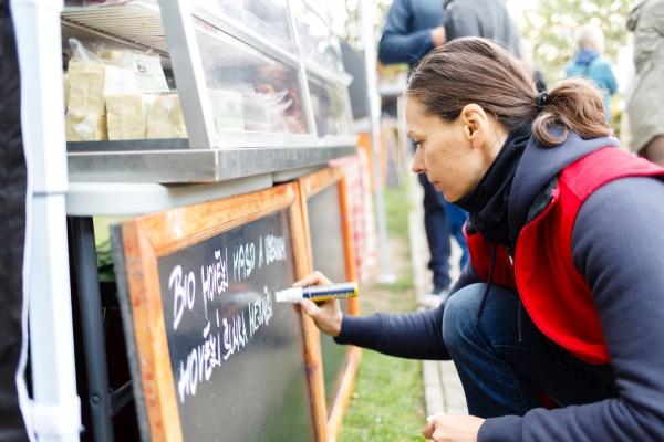 Biomaso si mohli koupit také návštěvníci pražského Biojarmarku
