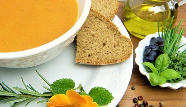 Workshop Bio všemi smysly - vaření ve školní jídelně