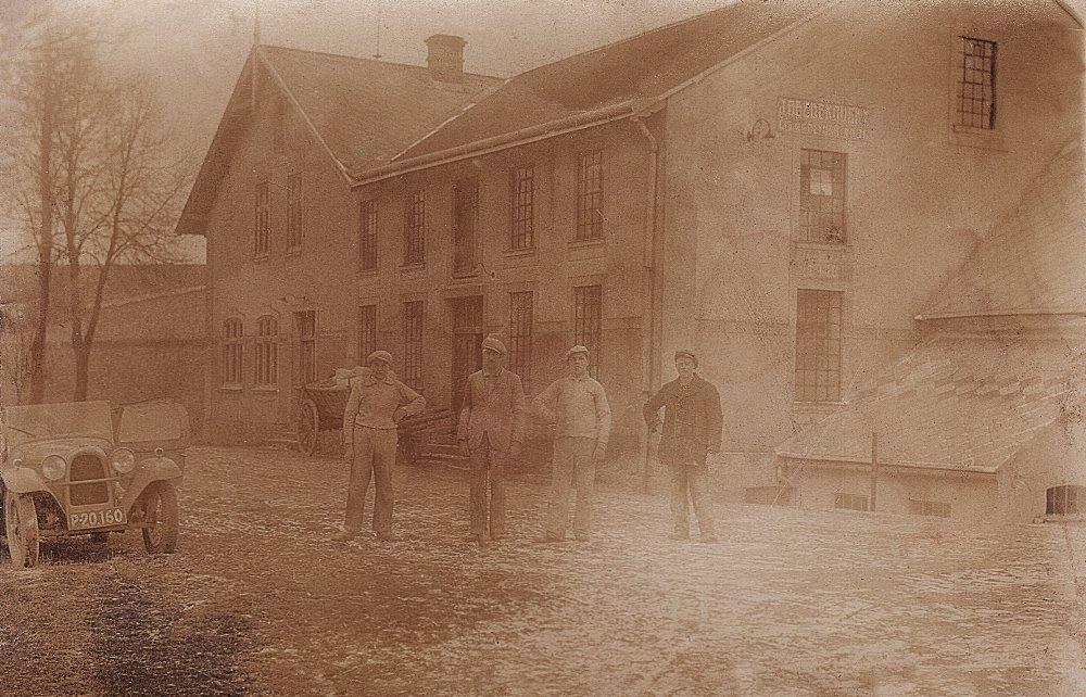Bezděkovský mlýn před sto lety.